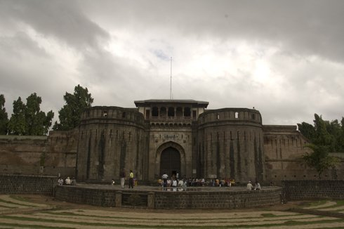 shaniwar_wada_fort_mansion_pune_03
