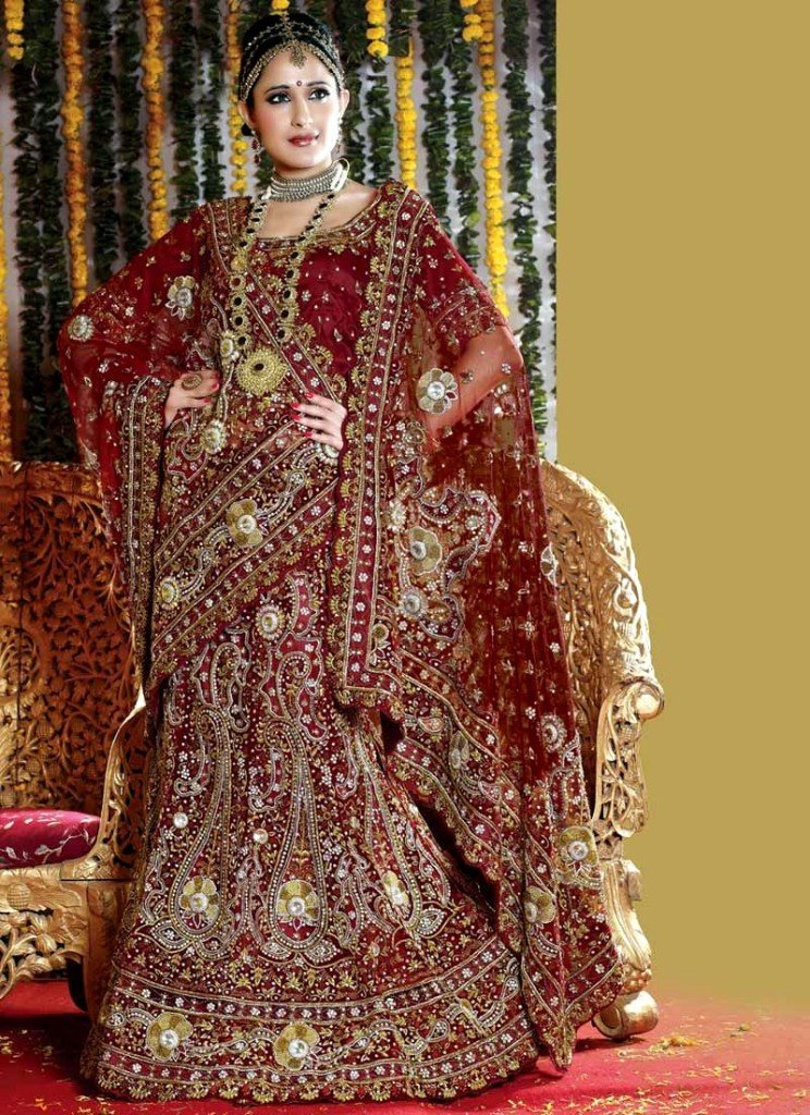 Wedding Wear Lehenga - 016 - www.Fashionhuntworld.Blogspot.com