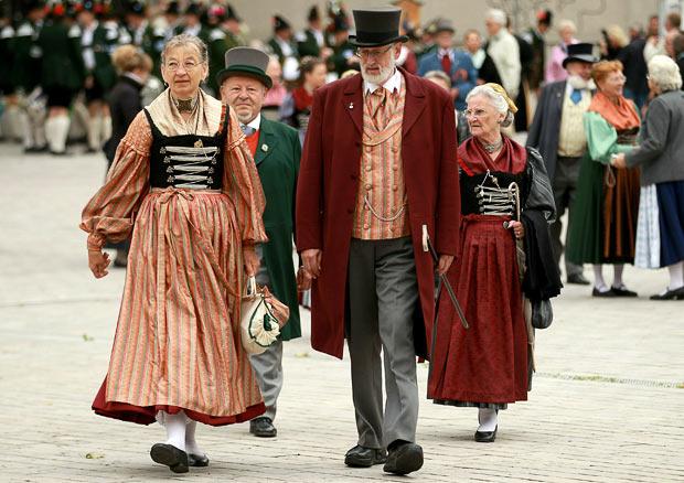 Oktoberfest-dress-_1718447i