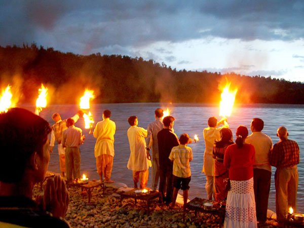 ganges-aarti-in-Rishikesh-135