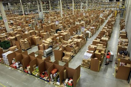 Amazon-Warehouse-620x410