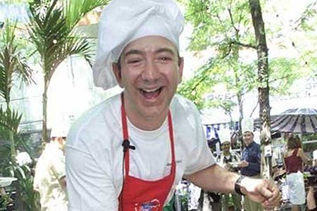 jeff-bezos-worked-the-grill-at-mcdonalds