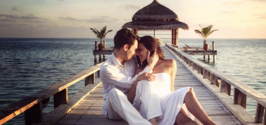 Love-Couple-Romance-Bridge-Photography