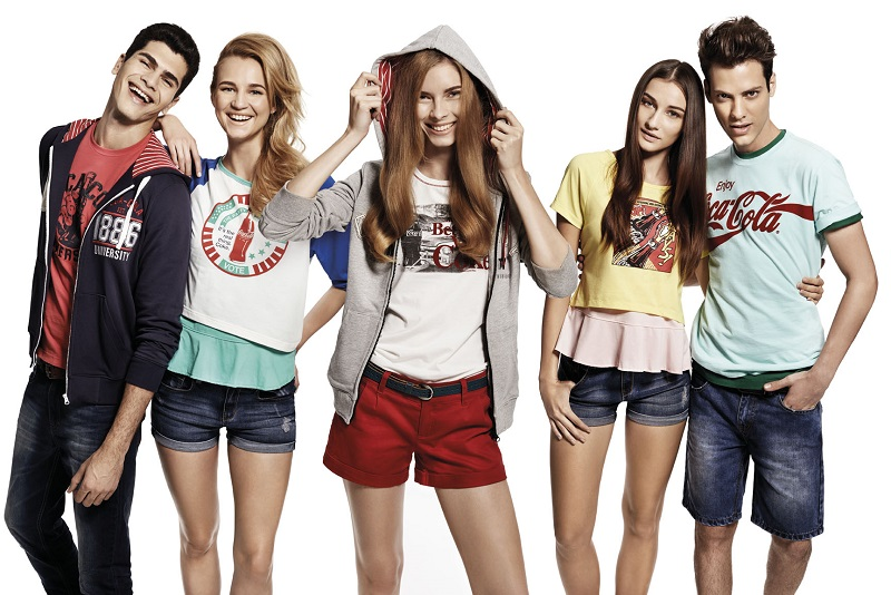 The-Coca-Cola-Preppy-Collection-is-suitable-for-individuals-who-favour-the-preppy-retro-look-and-it-covers-a-whole-range-of-apparel.-jpg