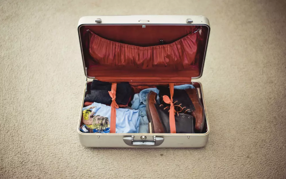 10 Hacks to Pack Travel Bags for your Next Trip